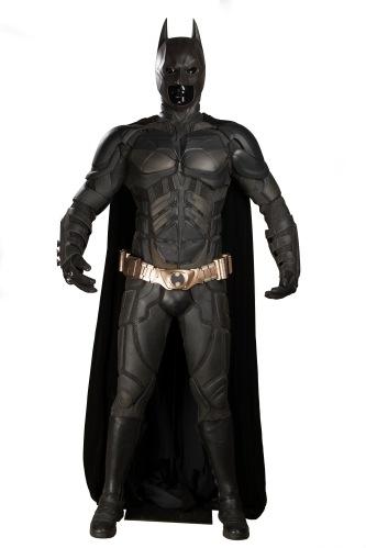 66943_Batman's Christian Bale Batsuit and Cowl 1