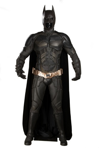 66943_Batman's Christian Bale Batsuit and Cowl 1